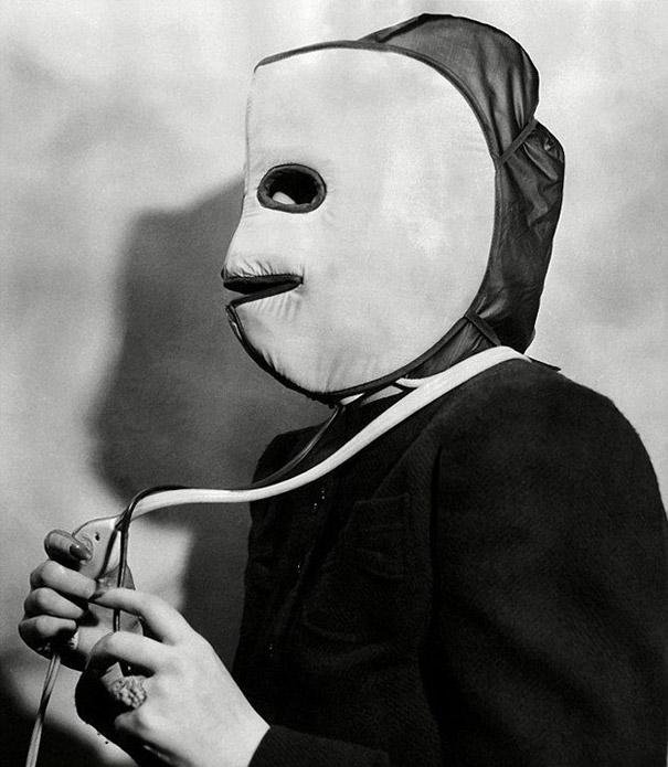 This terrifying mask from the 1940s could be plugged in to heat the face and head in an attempt to stimulate circulation and make the skin look fresh