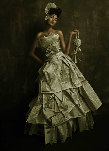 a97719_g252_7-newspaper-dress