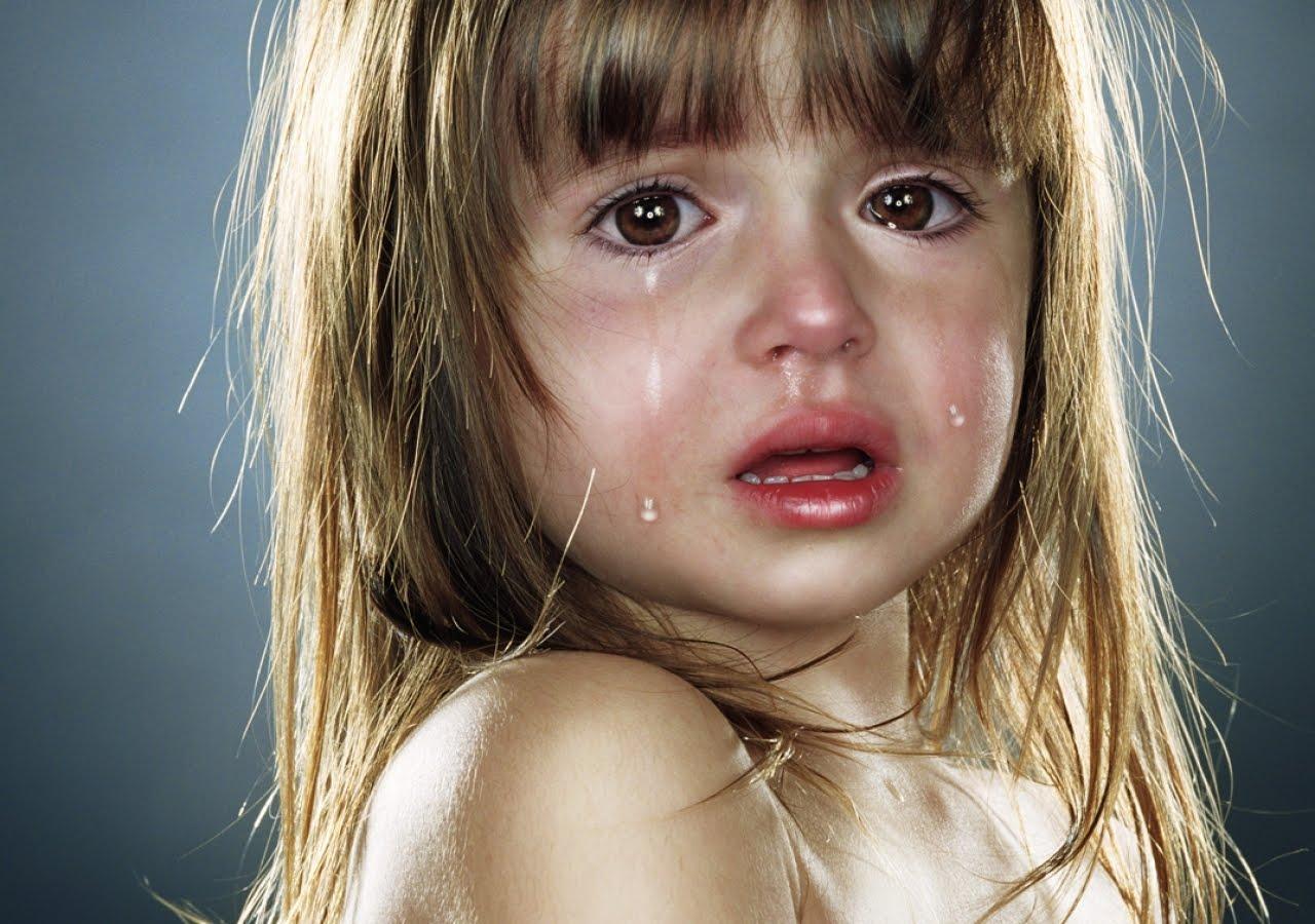 Фото плачущей маленькой девочки 16 фотография
