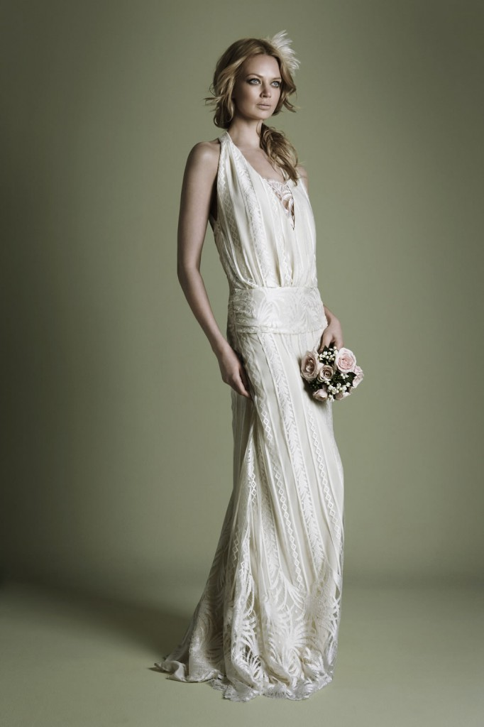 vintage-inspired-lalique-lace-over-fine-crepe-captivating-1920s-vintage-style-wedding-dress-pictures
