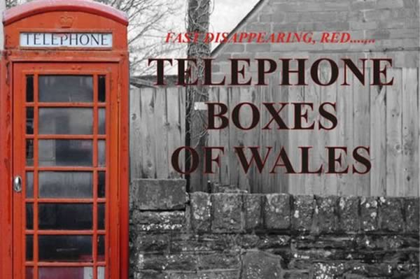 a98823_calendar-2014_8-telephone-boxes