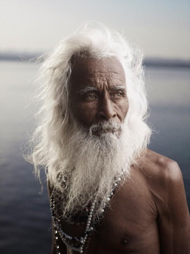 Holy-Men-Of-India19-620x828
