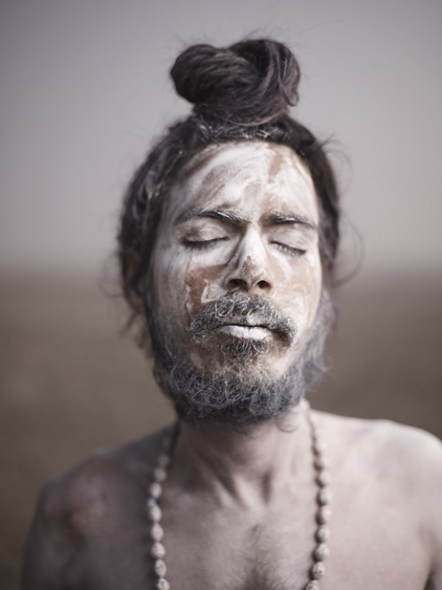 Holy-Men-Of-India24-620x827