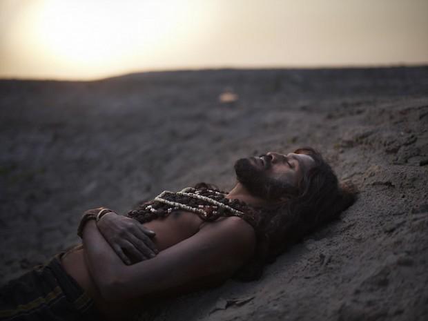 Holy-Men-Of-India31-620x465