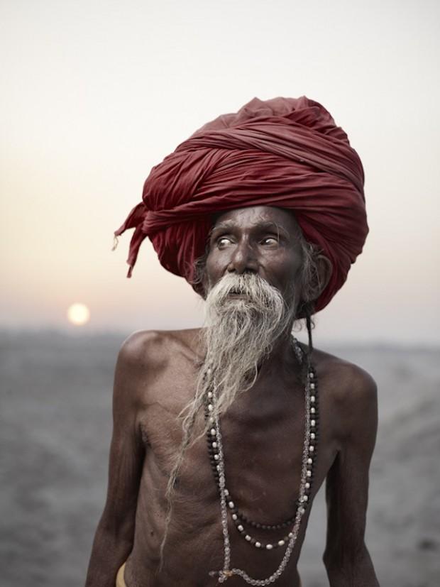 Holy-Men-Of-India36-620x827