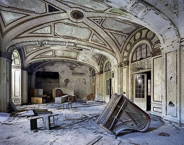 Lee-Plaza-Hotel-Detroit