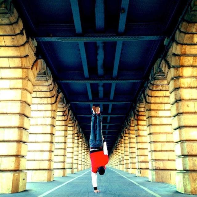 Breakdancer-at-Famous-Paris-Landmarks-18