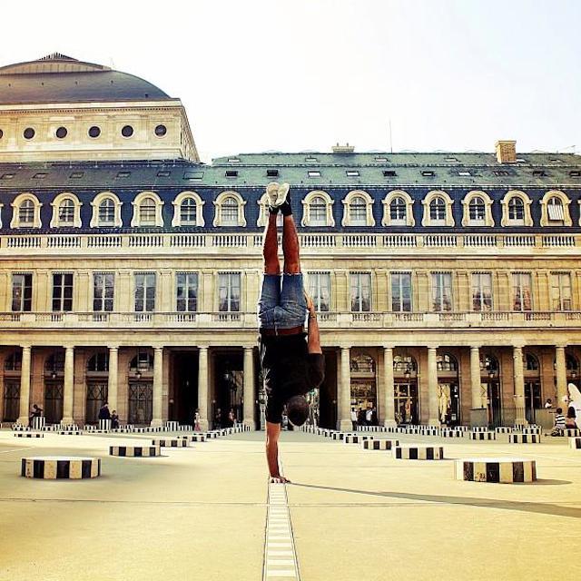 Breakdancer-at-Famous-Paris-Landmarks-2