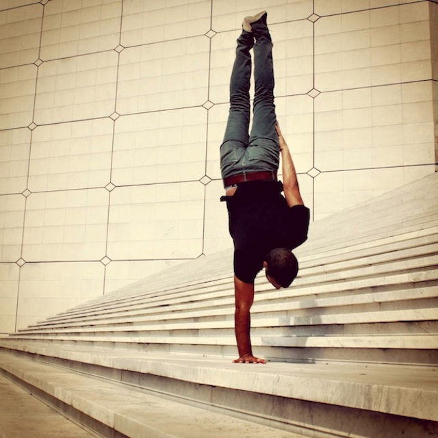 Breakdancer-at-Famous-Paris-Landmarks-6