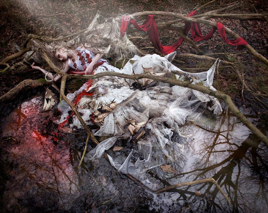 surreal-photography-kirsty-mitchell-12
