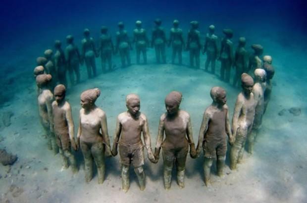 Cancun-Underwater-Museum-620x410