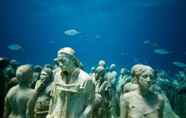 Cancun-Underwater-Museum5-620x396