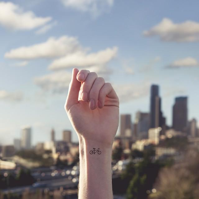 tiny-tattoos-0-640x640