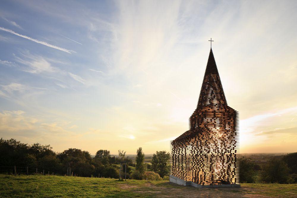 Průhledný kostel, Belgie