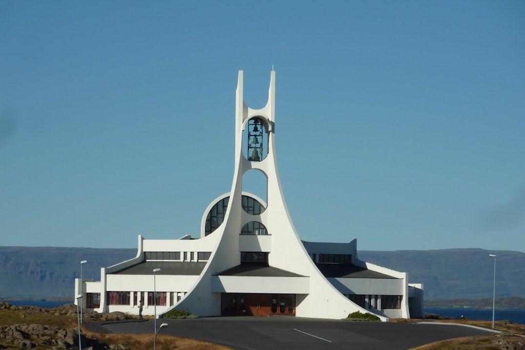 """""""První kostel"""" na Islandu"""