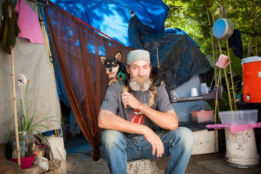 Lifelines-Homeless-and-Pets-13-934x