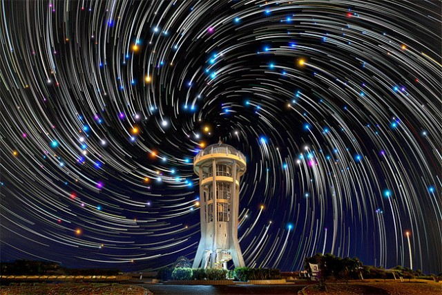 Star-trails-in-Singapore-Sky2-640x427