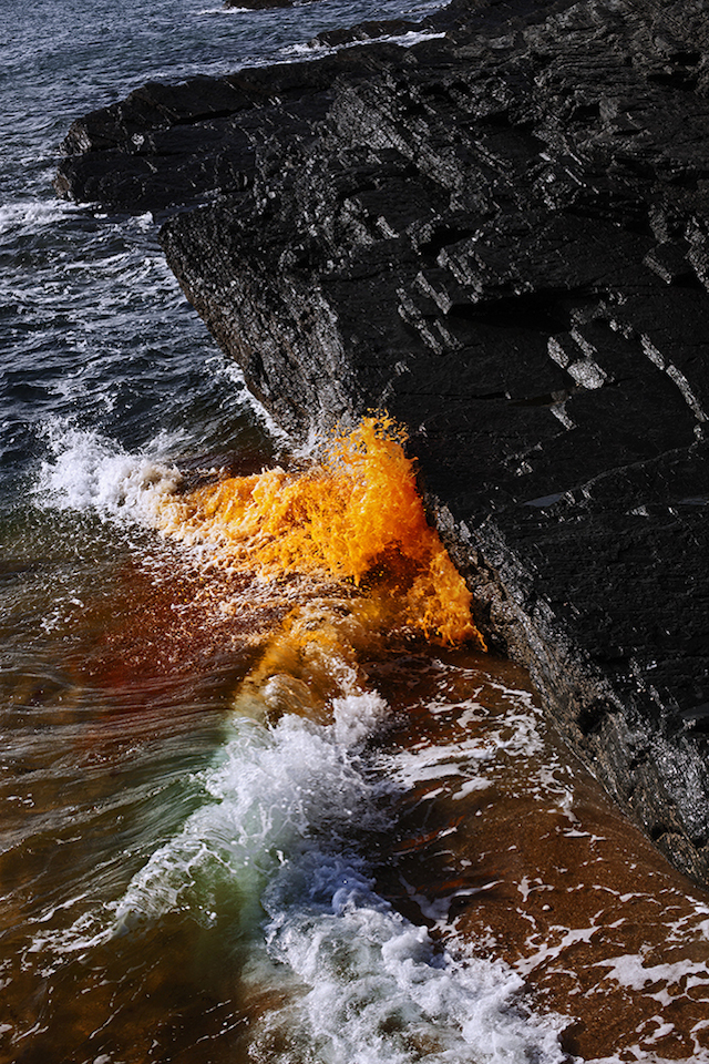 Dramatic-Ocean-Waves-Crash-4