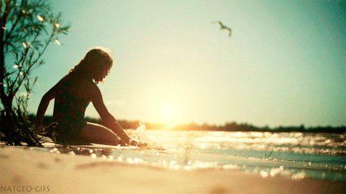 Jít na pláž o samotě ráno je prostě ráj