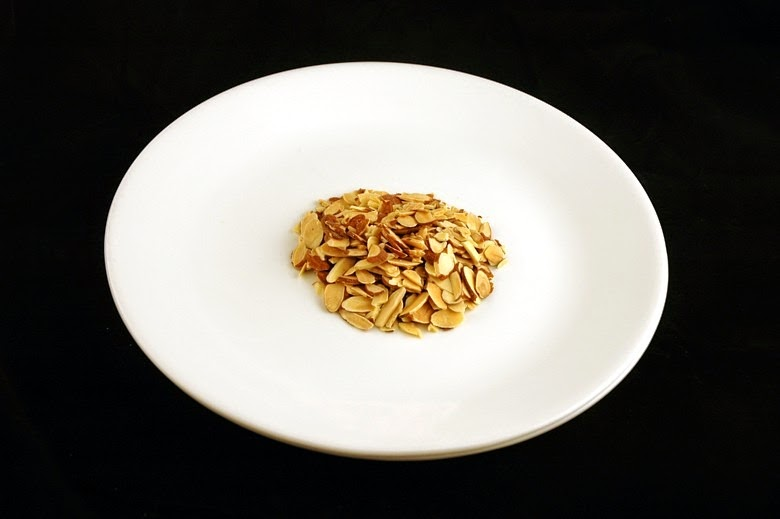 calories-in-sliced-and-toasted-almonds[4]