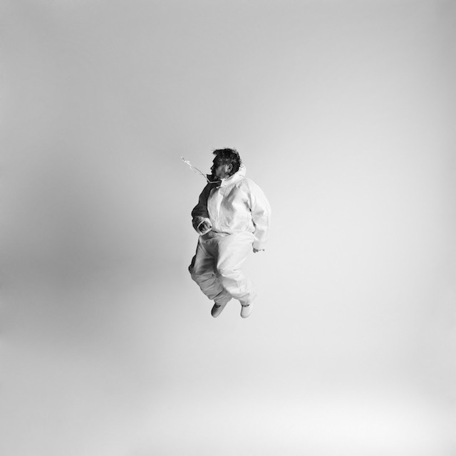 Black-and-white-jumping-people-photography-11