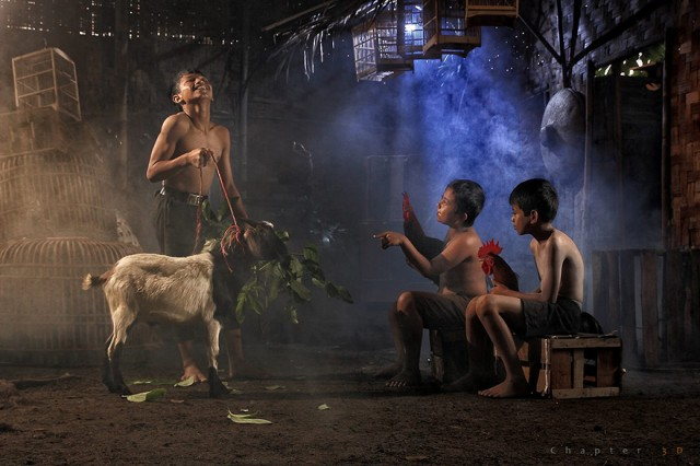 Life-In-Indonesian-Villages-Captured-by-Herman-Damar-18-640x426