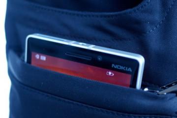 nabijeni smartphone kalhoty