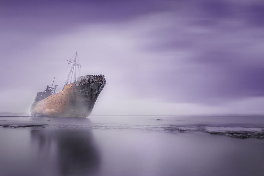Ghost-Ship__880
