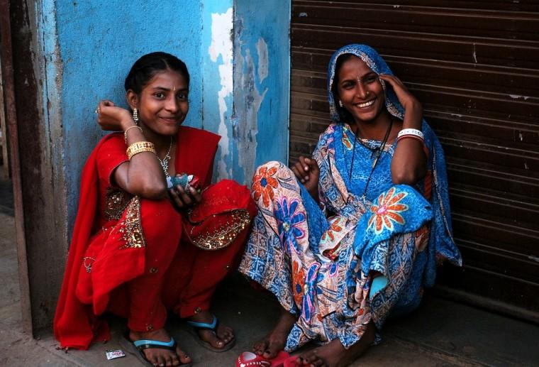 Happy-Indian-women-760x517 m