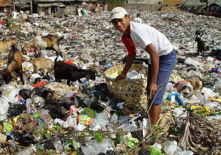 Jakarta-slumlife-760x532