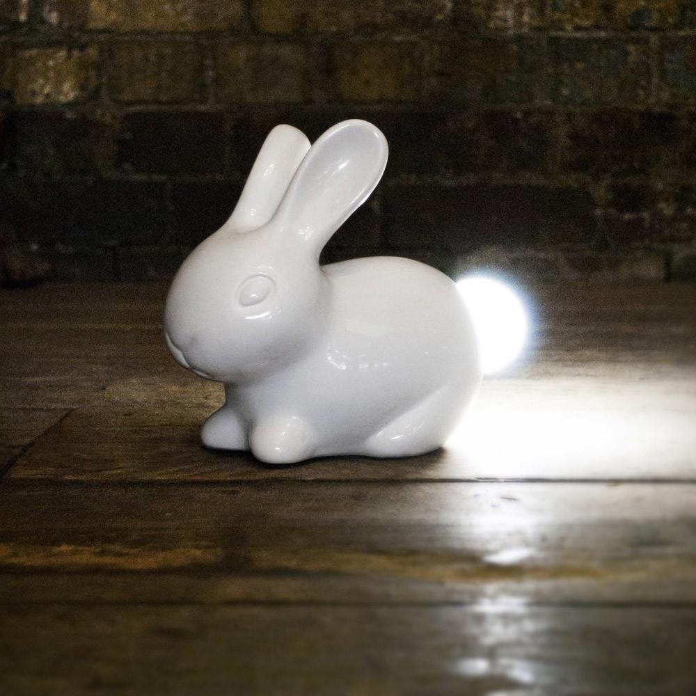 Světýlko s králíkem (Suck UK)