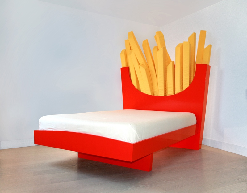 bed-of-fries
