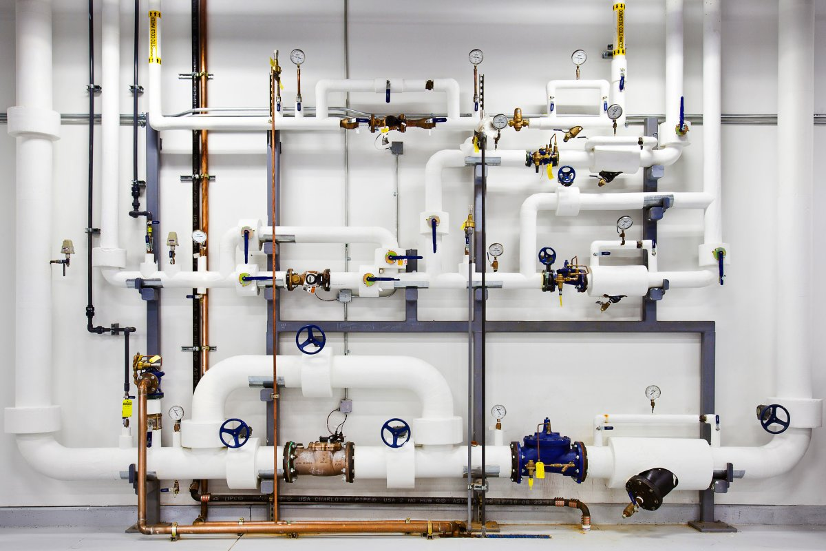 google-keeps-pipes-like-these-ready-with-highly-pressurized-water-in-case-of-a-fire-the-water-is-cleaned-and-filtered-so-it-wont-contaminate-the-facility-in-the-off-chance-they-need-to-use-it