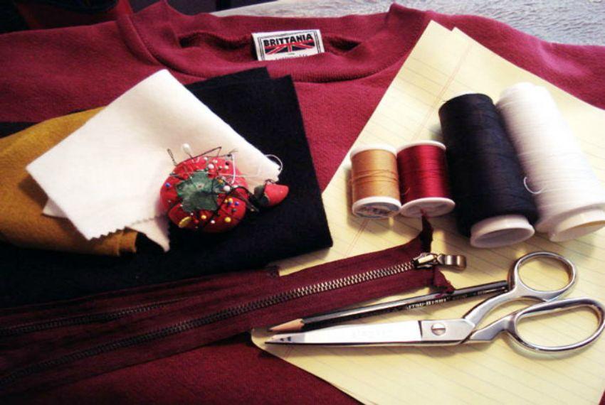 befunky-diy-cat-zipper-mouth-sweater-hellovillain-0jpg