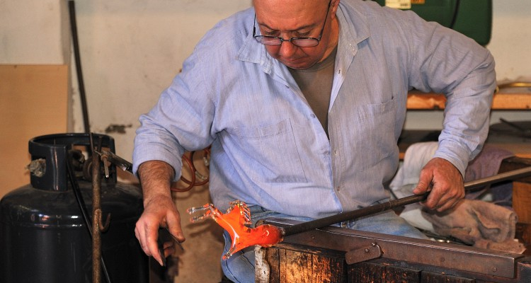 post_-Murano_making_a_Glass_Horse
