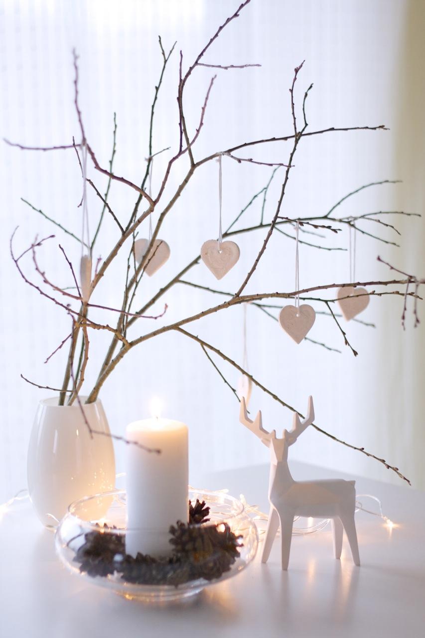 simple-and-modern-Christmas-decor