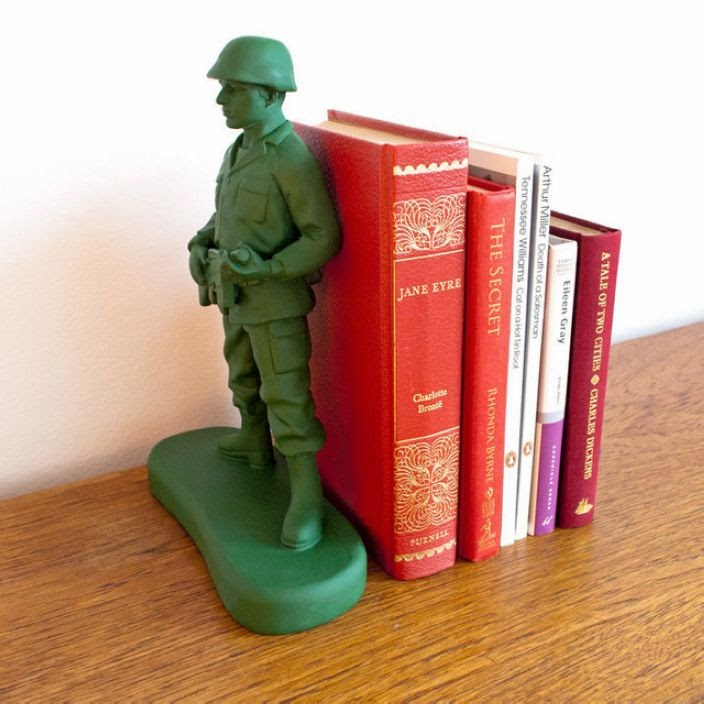 Brilliant Examples of Bookends (3)