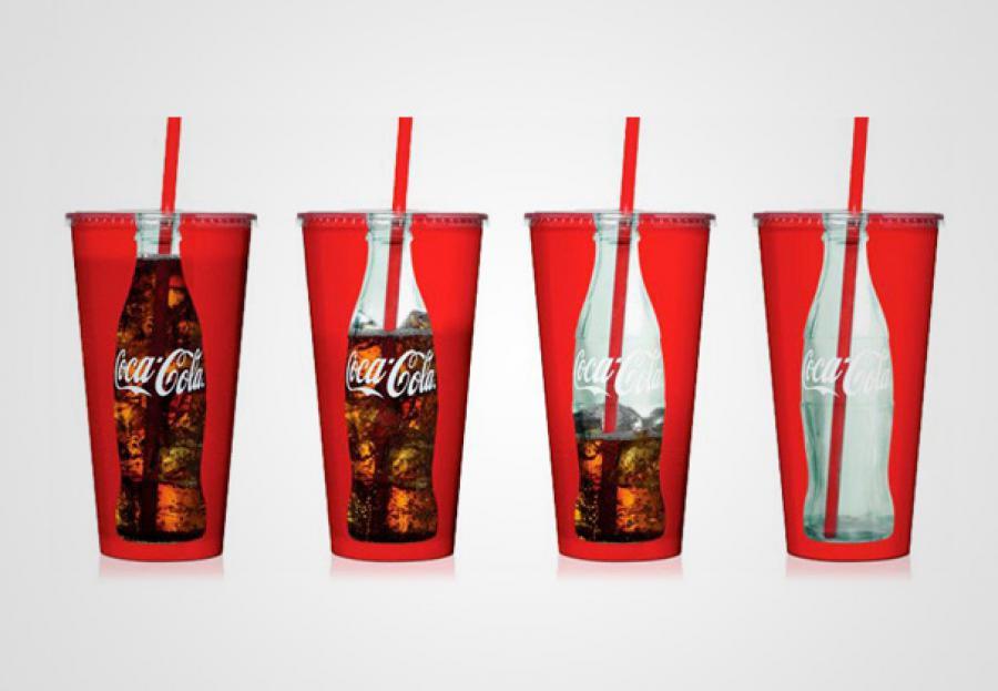 Coca cola v kelímku