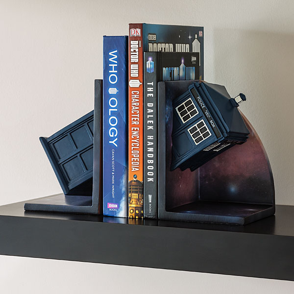 doctor-who-bookends-geek-decor-1