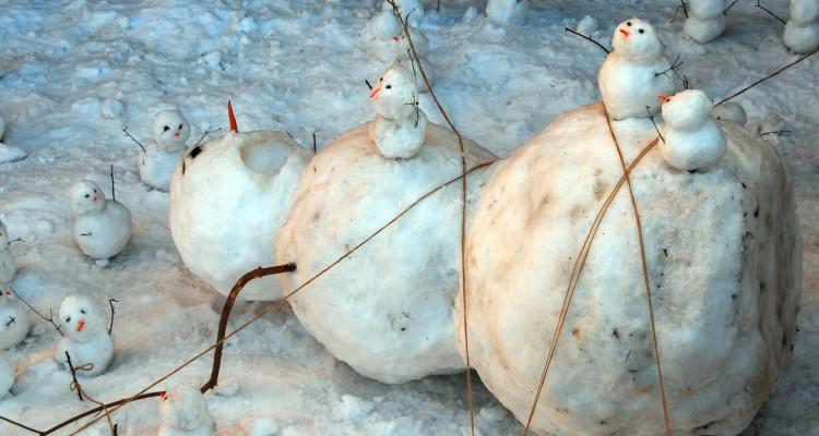 o-SNOWMAN-CALVIN-HOBBES-facebook