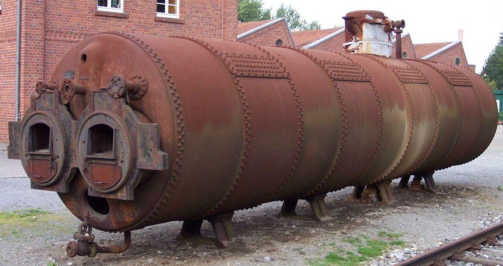Dampfkessel_für_eine_Stationärdampfmaschine_im_Textilmuseum_Bocholt