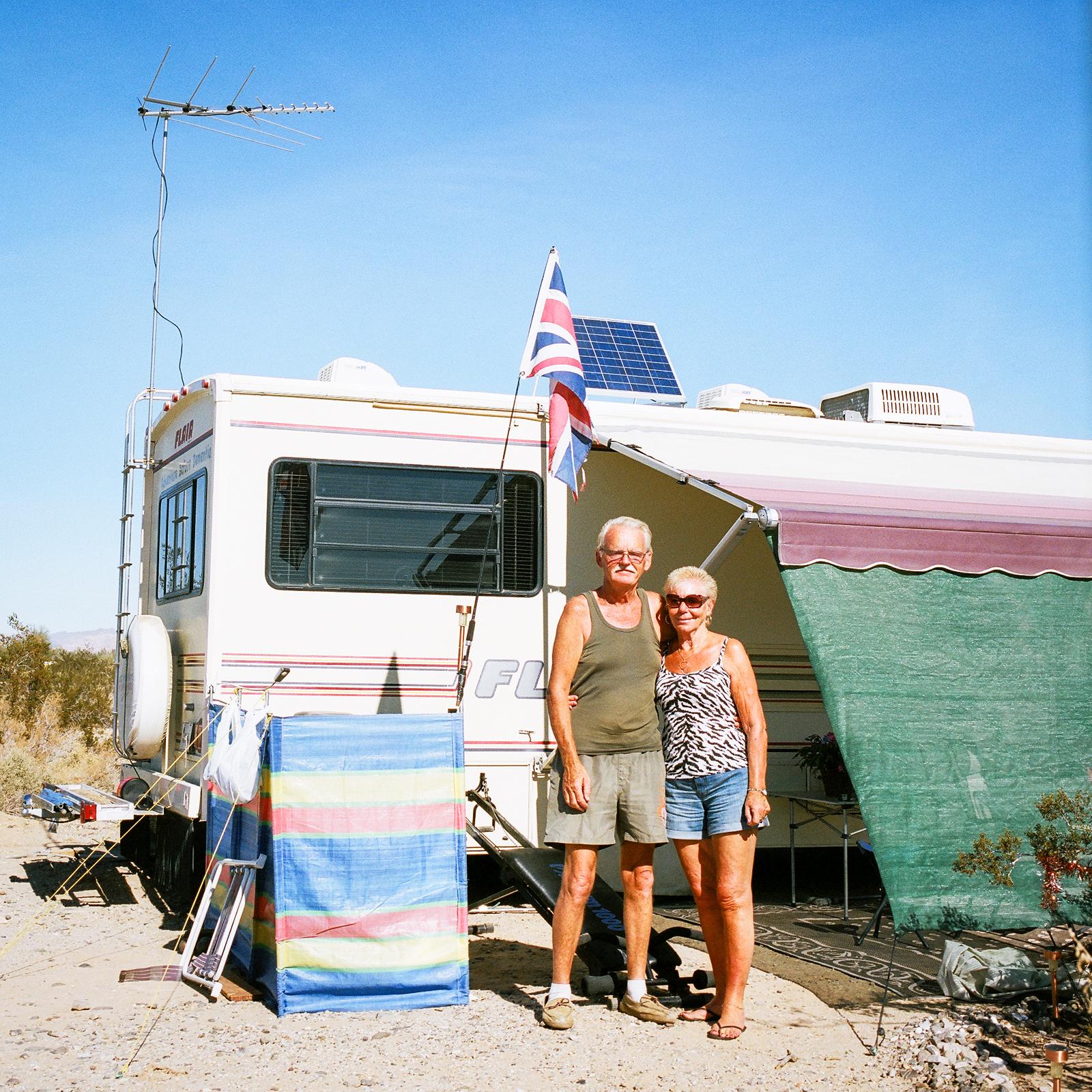 John a Jenny Clark, Slab City, Kalifornie, 2013