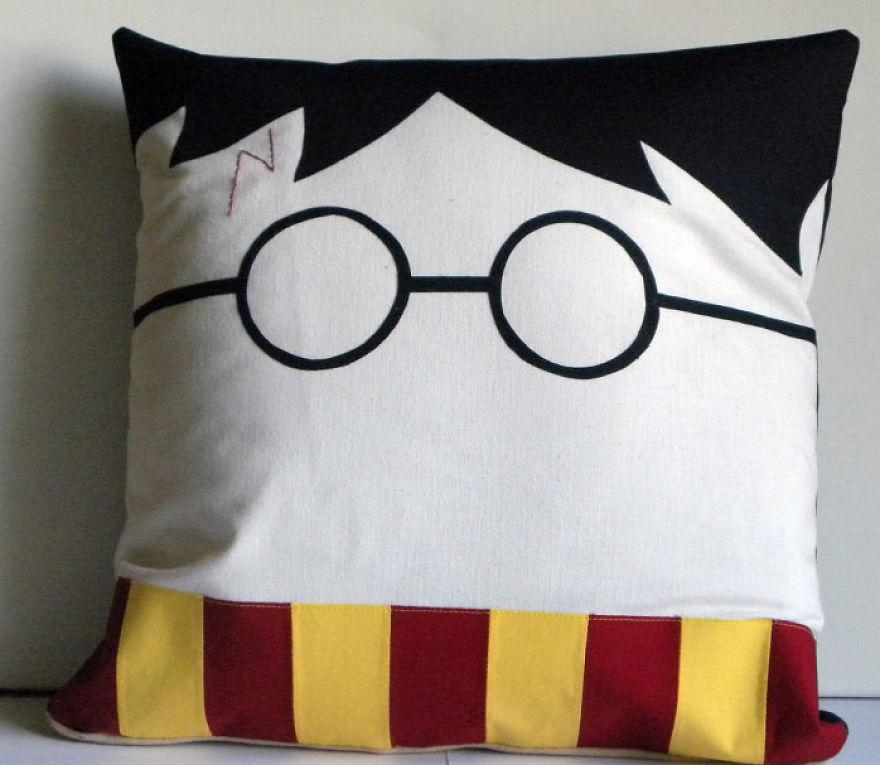 creative-pillow-design-59__880 (1)