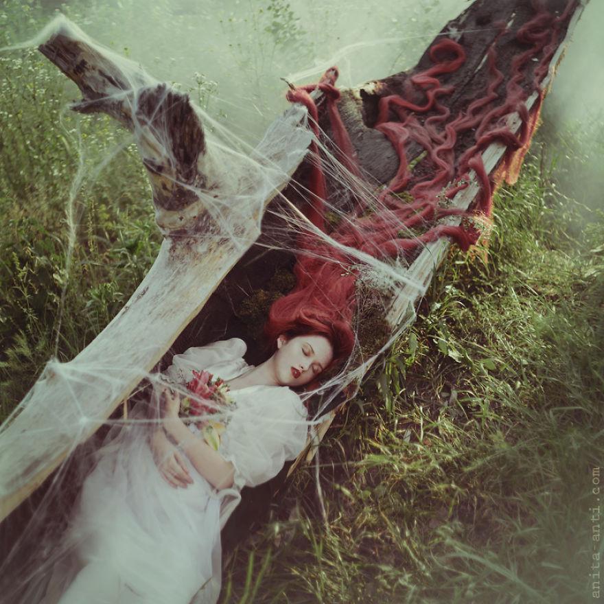 fairytale-photography-women-animals-anita-anti-28__880