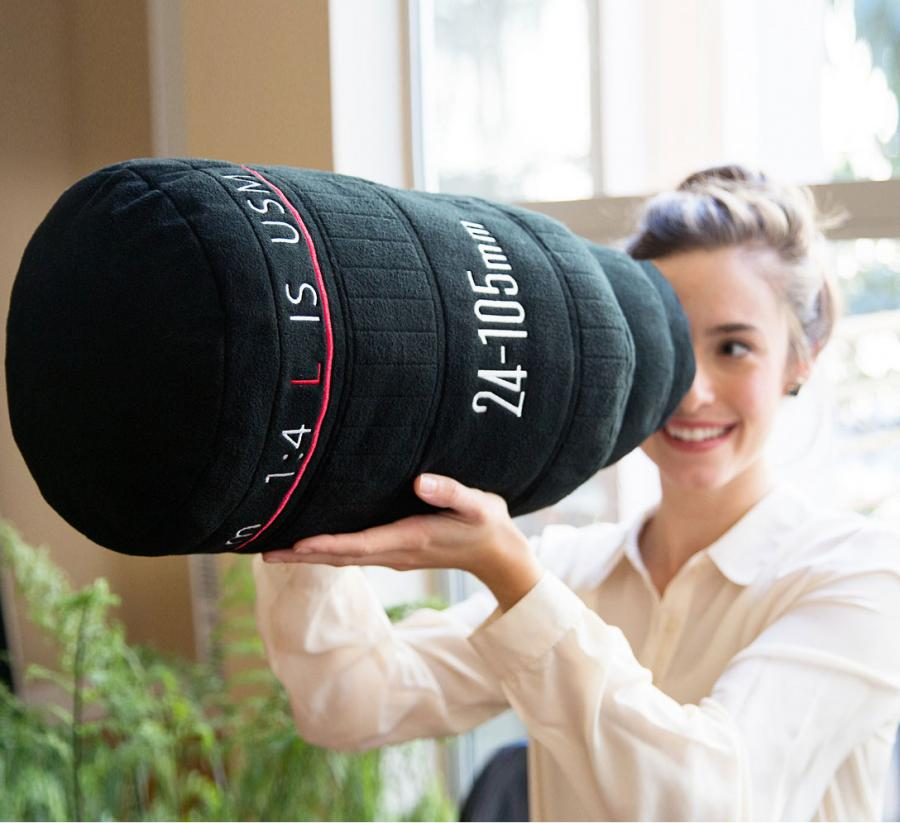 plush-camera-lens-pillow-0