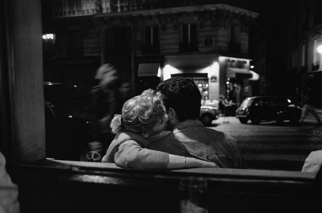 0By-Peter-Turnley