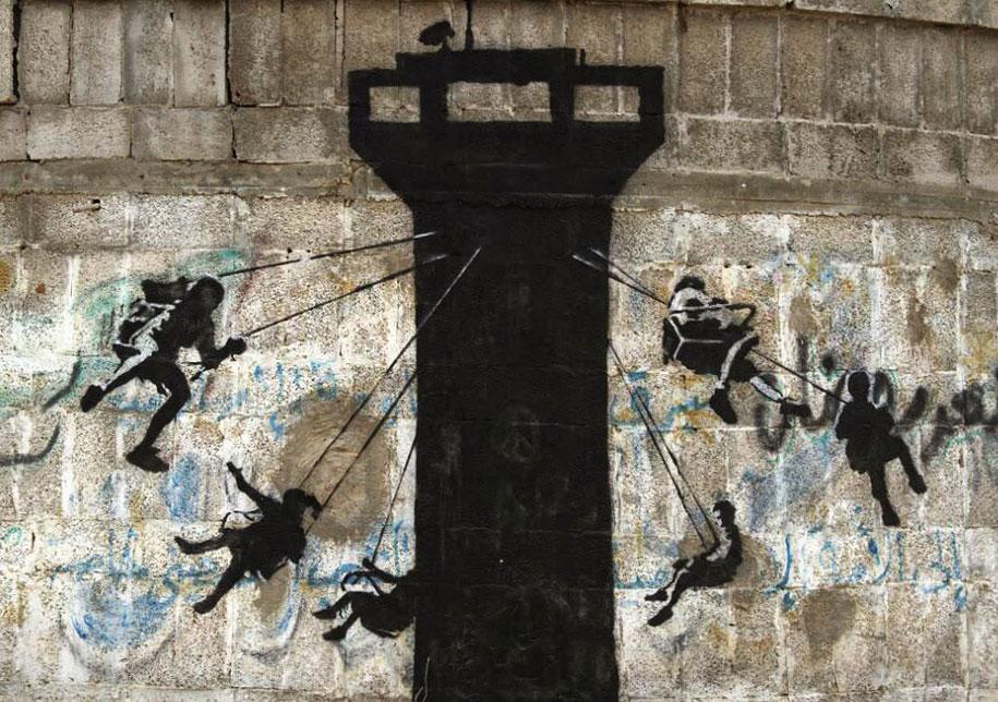Israel-palestine-conflict-gaza-graffiti-banksy-2