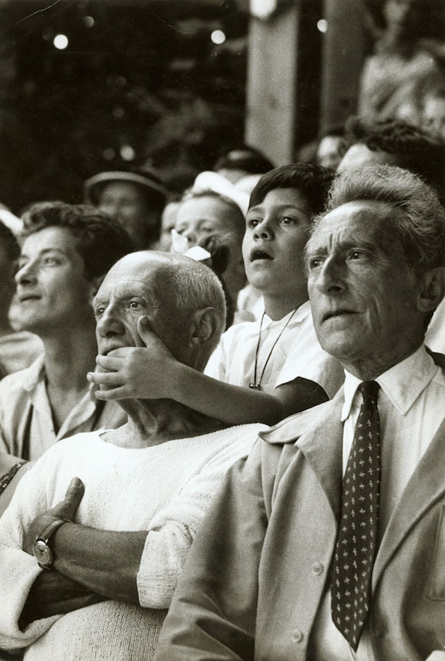 Picasso-his-son-and-Cocteau-by-Brian-Brake
