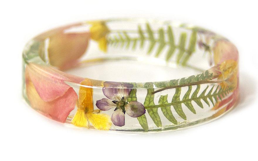 resin-flower-moss-bangles-bracelets-modern-flower-child-sarah-smith-15