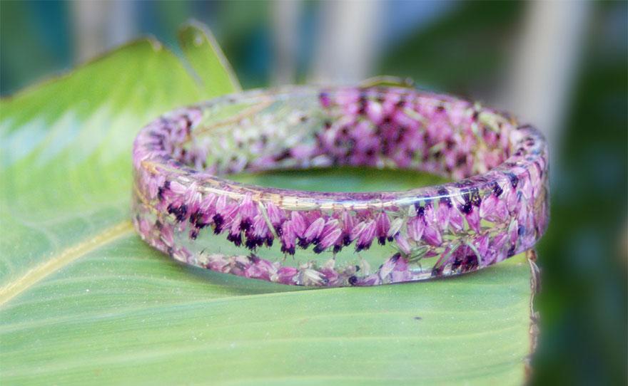 resin-flower-moss-bangles-bracelets-modern-flower-child-sarah-smith-33